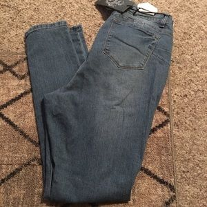 Fashion Nova Jeans - Jeans